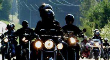 Motorkářské posezení v Jenišovicích