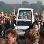 Benedikt XVI. oslavil s mládeží sv. Václava