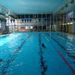 Valentýnské plavání v chrudimském bazénu za polovinu