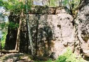 Bývalý lom Škrovád