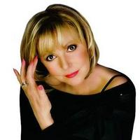 18. listopadu 2010 zavítá v rámci svého miniturné do Pardubic devítinásobná držitelka Zlatého slavíku Hana Zagorová se svým hostem Petrem Rezkem a orchestrem Boom!Band Jiřího Dvořáka.
