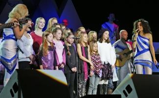Děti zpívají ABBU