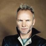 Sting se vrací s basou v ruce