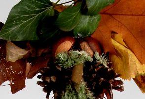 Lesní podzimní marioneta