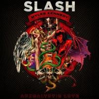 Kytarista Slash přiveze do Prahy Apokalyptickou lásku