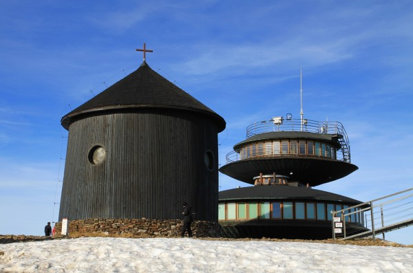 Kaple sv. Vavřince na vrcholu Sněžky (1602 m)