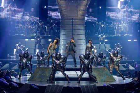 CIRQUE DU SOLEIL - Michael Jackson Immortal