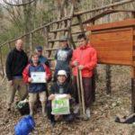 Dobrovolníci vysázeli tři sta stromů a seznámili se s dobrým hospodařením v lese