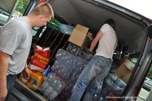 nakládání humanitární sbírky