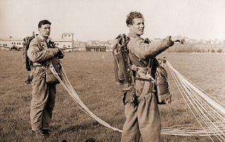 Jaroslav Jehlička a Gustav Koubek, foto poskytnuto Aeroklubem Chrudim