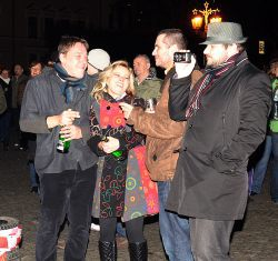 Chrudimský Silvestr navštívilo přes tisíc lidí, o půlnoci zazněla státní hymna