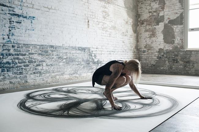 Heather Hansen ve svém studiu