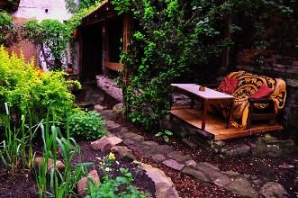 Nahlédnutí do kouzelné čajové zahrady v chrudimské čajovně Luna, foto: archiv čajovny Luna
