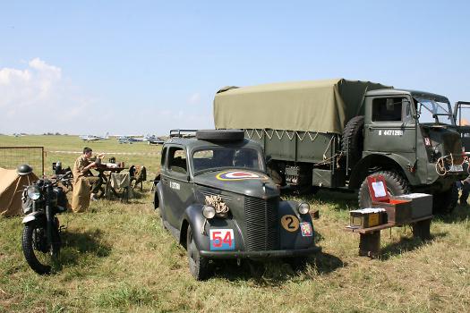 ... a historické vojenské vozy, foto: Archiv Chrudim