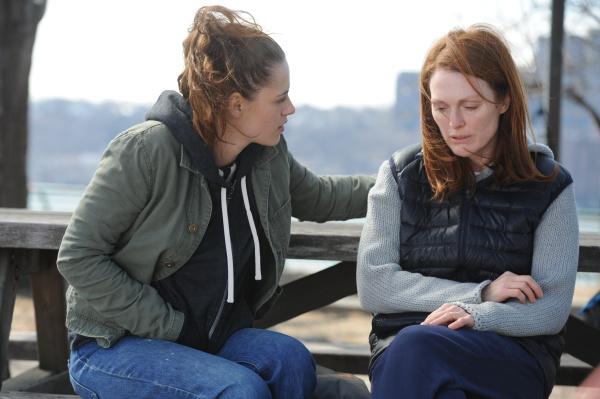 Julianne Moore a Kristen Stewart ve filmu Still Alice