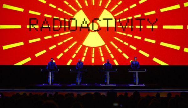 Legendární Kraftwerk vystoupí ve Forum Karlín