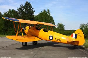 Boeing Stearman v barvách československých pilotů