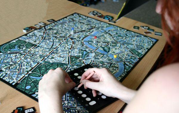 Recenze hry: Scotland Yard – chyťte zloděje!