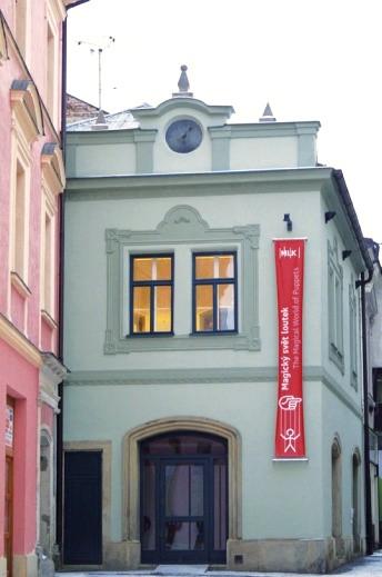 Centra pro badatelskou, dokumentační a publikační činnost