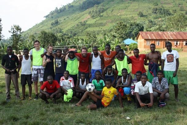 Antonín Jelínek nejen o ugandských školácích z podhůří pralesa