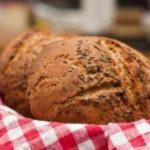 Recept: Chleba s uzeným