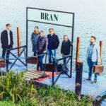 Bran na novém albu přeje Šťastnou cestu