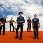 Australští rockeři Midnight Oil vystoupí na Colours of Ostrava
