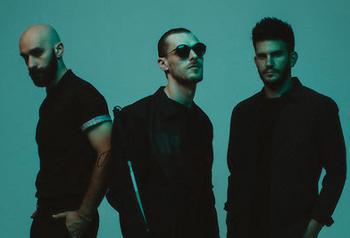 Za nejúspěšnější hit Renegades si v minulém roce vysloužili nominaci na Billboard Music Awards