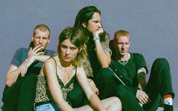 Wolf Alice nové album Visions of a Life představí pražském klubu Roxy.