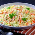 Zelný salát – vitamínová bomba a mňamka k tomu