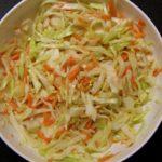 Zelný salát jako příloha ke grilování
