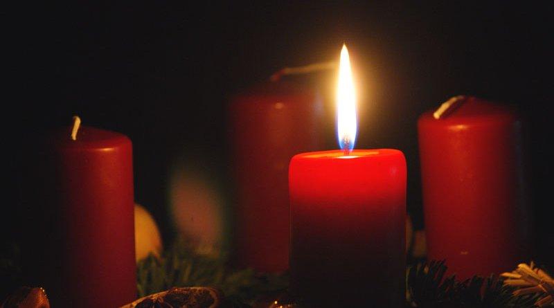 Advent - první svíčka