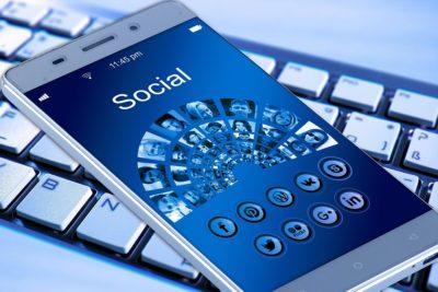 Mobil, social