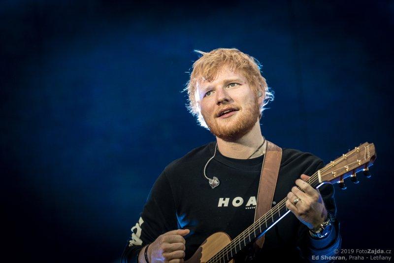 Ed Sheeran - foto z pražského koncertu © FotoZajda.cz