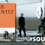 SOUTĚŽ o fotoknihu Annie Leibovitz – PŘI PRÁCI