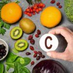 3 velké mýty o vitamínech – také si myslíte, že se nemůžete předávkovat vitamínem C?