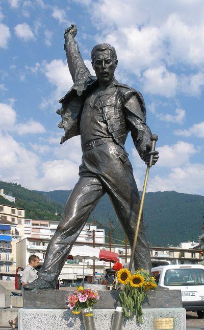 socha - Freddie Mercury